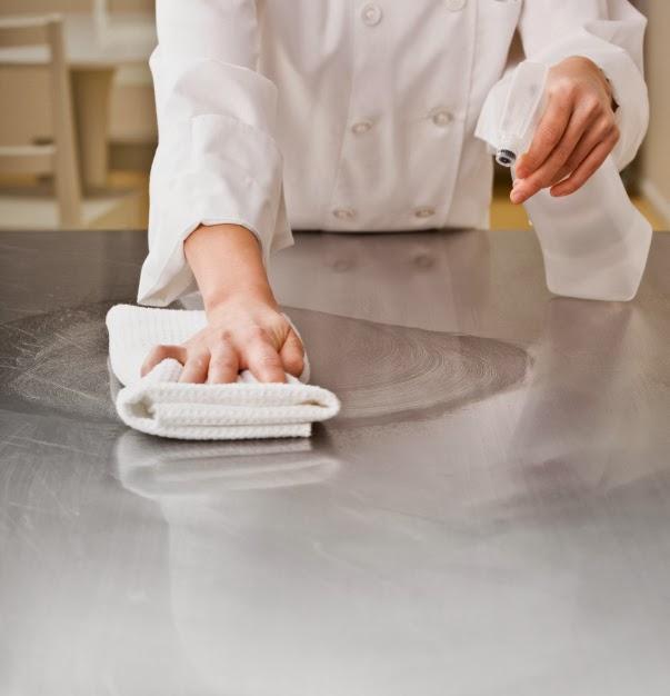 Làm sách thiết bị inox công nghiệp, cách làm sạch thiết bị inox bếp nhà hàng