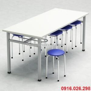 Bàn ăn inox mặt gỗ 8 chỗ ngồi, bàn ăn canteen nhà máy khu công nghiệp