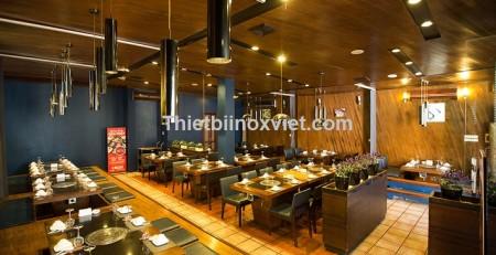 Không gian nhà hàng lẩu nướng than hoa âm bàn hút âm