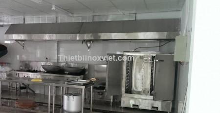 Khu bếp nấu công nghiệp, bếp xào ba họng khò, tủ nấu cơm công nghiệp