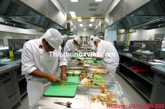 Bếp nhà hàng - khu vực sơ chế và gia công bếp nhà hàng, bếp công nghiệp