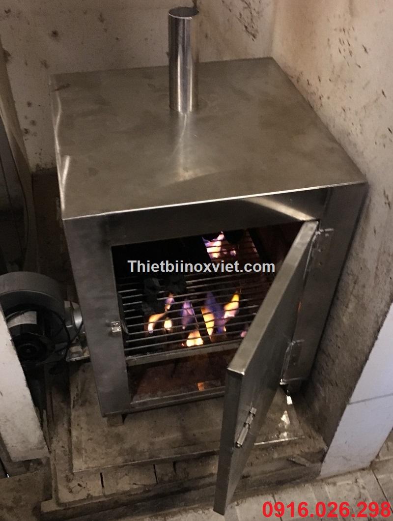 Lò ủ nhóm than cho bếp nướng than hoa tại bàn lò nướng âm bàn