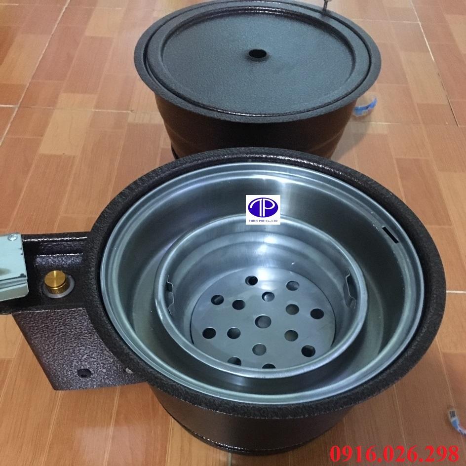 Hai mẫu bếp nướng than hoa âm bàn vỏ sắt thông dụng