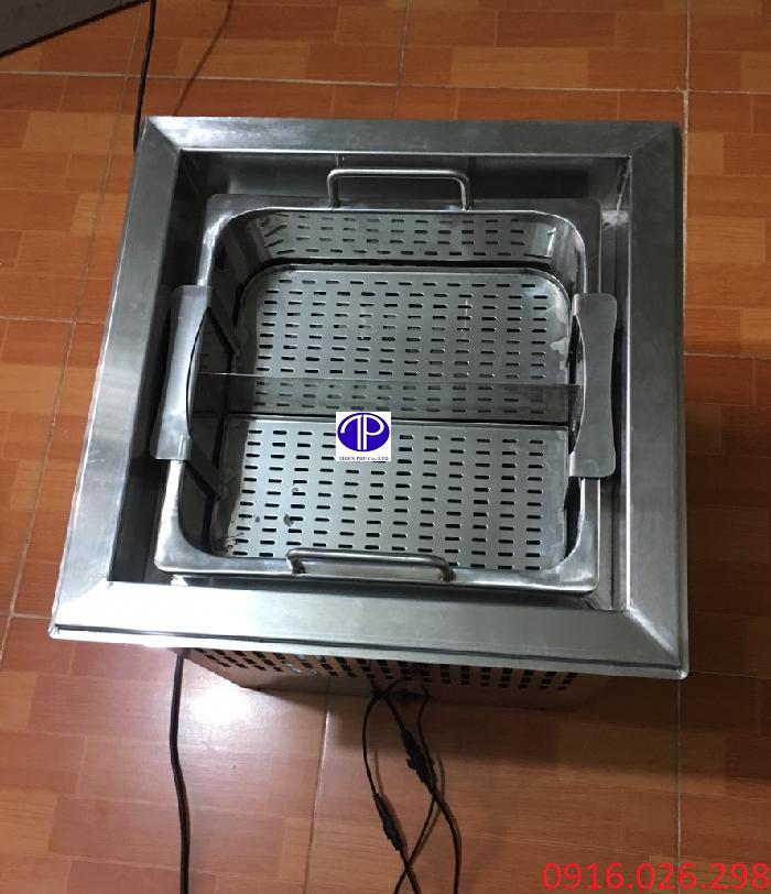 Gía bán bếp lẩu thang máy cho nhà hàng