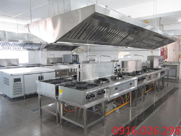 Thi công hệ thống hút mùi bếp nướng than hoa âm bàn nhà hàng