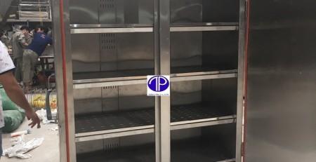Mặt trong tủ sấy khay thức ăn cho căng tin
