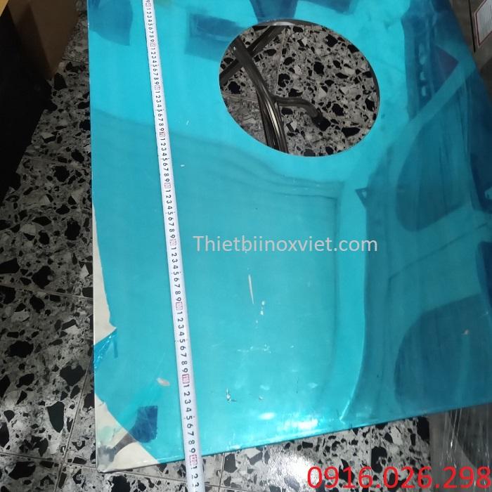 Kích thước mặt bàn ăn inox